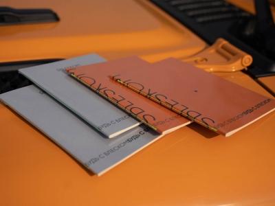 Блокноты и тетради с логотипом