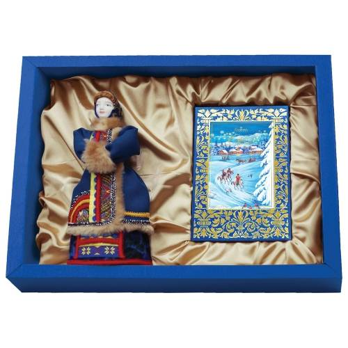 Подарочный набор «Зима в деревне»: кукла декоративная, шоколадные конфеты «Конфаэль»