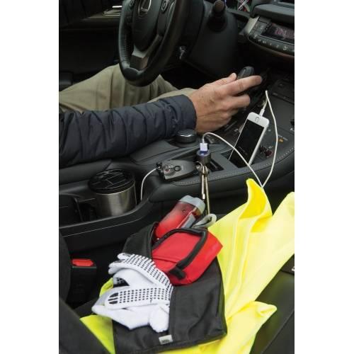 Автомобильное зарядное устройство Swiss Peak 3 в 1